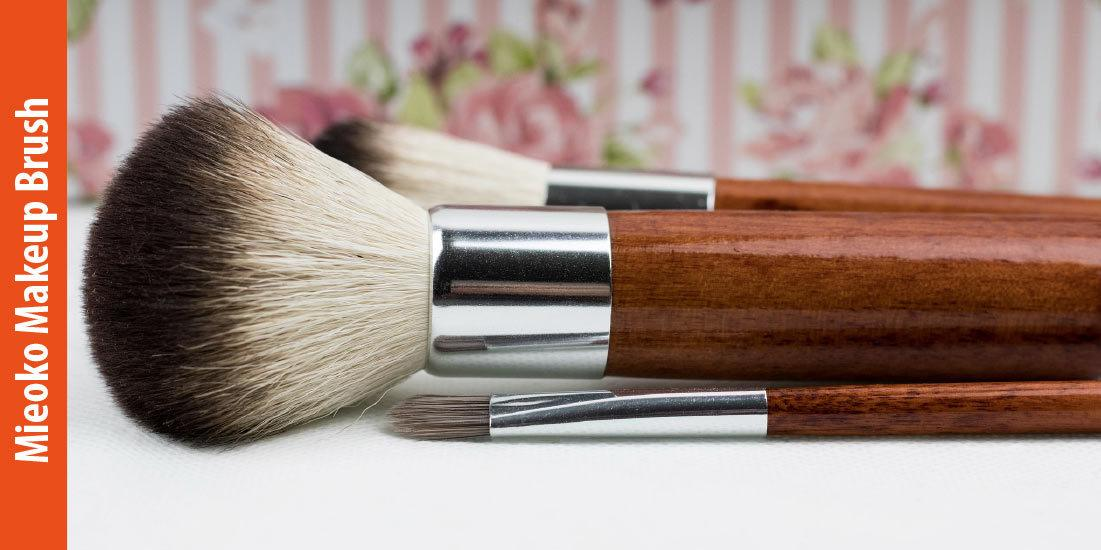 How Does Mieoko Flat Top Brush Help You